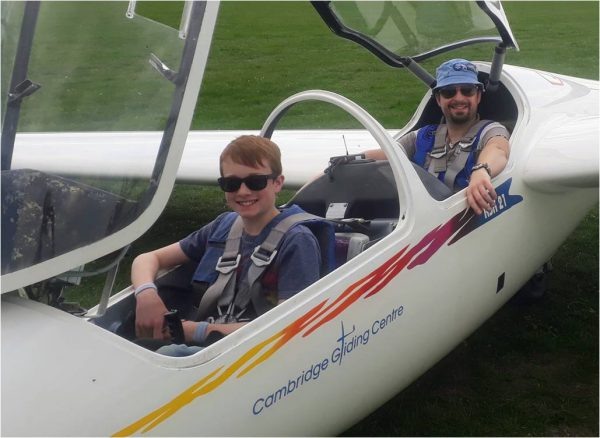 Gliding holiday course